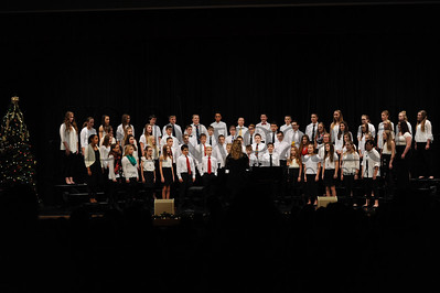 12-12-16 BMS 7th grade Xmas Choir Concert (Class of 2022)-3