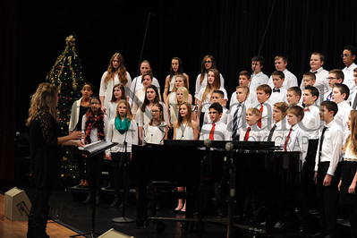 12-12-16 BMS 7th grade Xmas Choir Concert (Class of 2022)-5