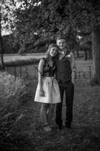 9-23-17 Eden Nygaard and Bella Basinger Freshman Homecoming -44