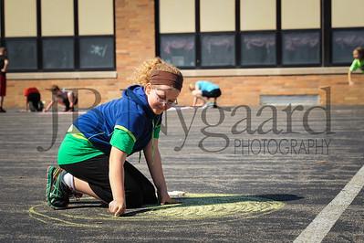 5-24-16 5th grade sidewalk chalk (Class of '23 - Erik's class)-15