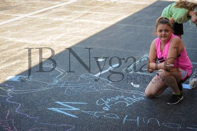5-24-16 5th grade sidewalk chalk (Class of '23 - Erik's class)-23