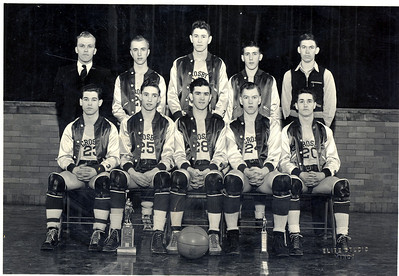 Crosby ND Basketball Team 1941-1942