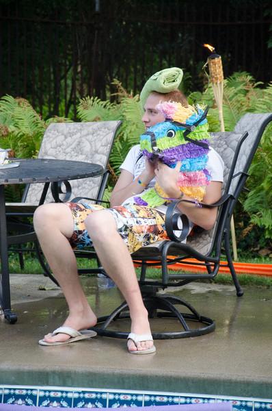 20110817_pres_pool_party_383