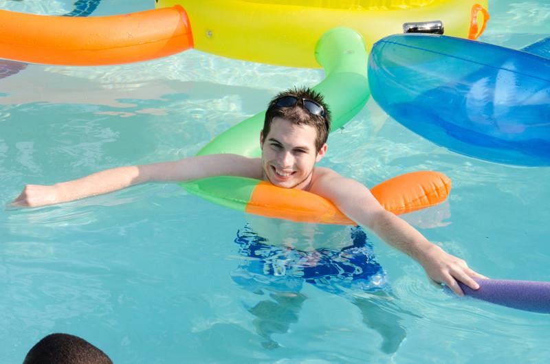 20110818_20110817_pres_pool_party__0047
