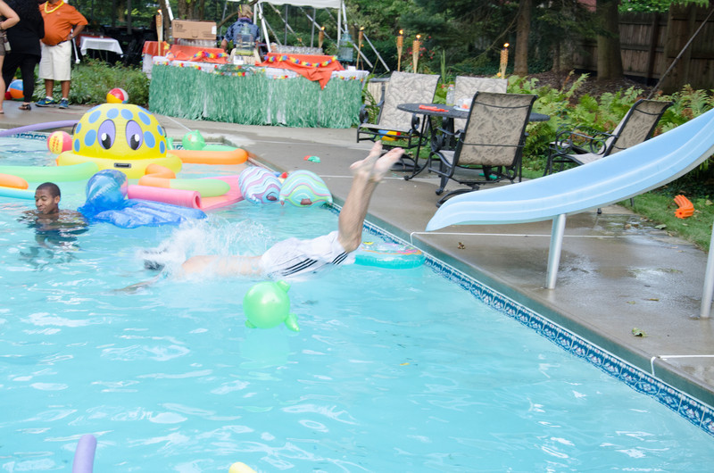 20110818_20110817_pres_pool_party__0328