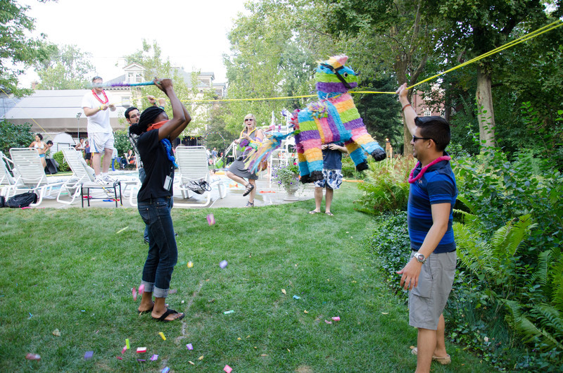 20110817_pres_pool_party_370
