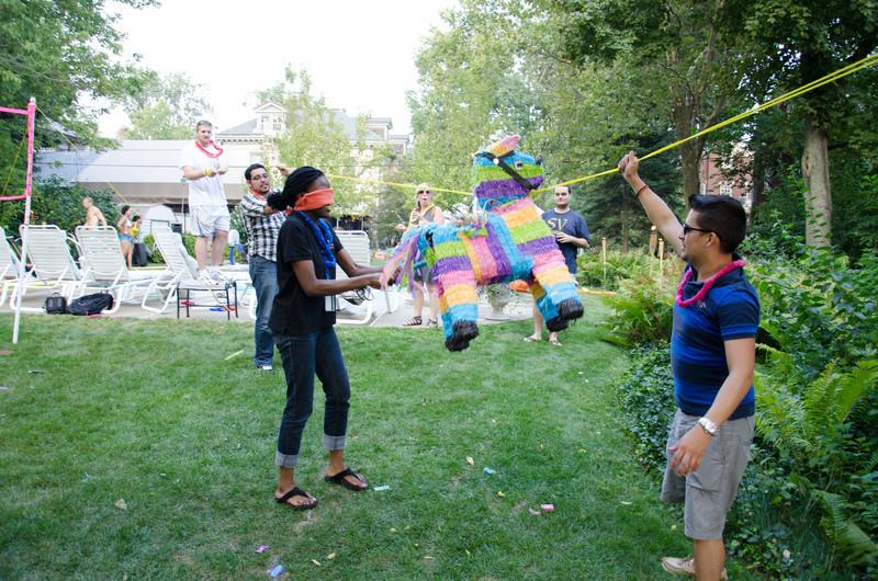20110817_pres_pool_party_369