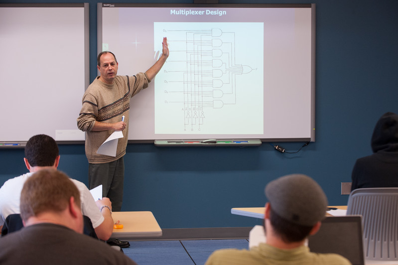 Professor Neal Mazur's Computer Information Systems class in Technology Building at Buffalo State.