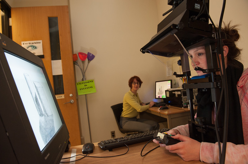 Dr. Stephani Foraker working with students in her Buffalo State Psychology Department lab.