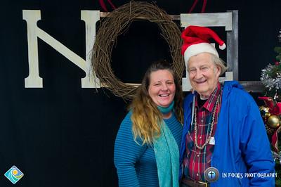 Christmas Photo Booth-20