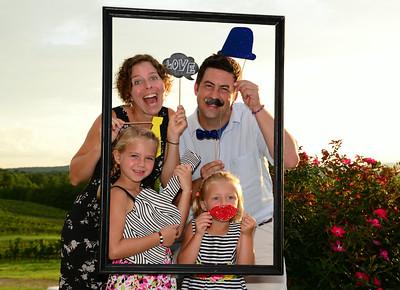 Jerry & Jennifer Chapman Wedding Photo Booth