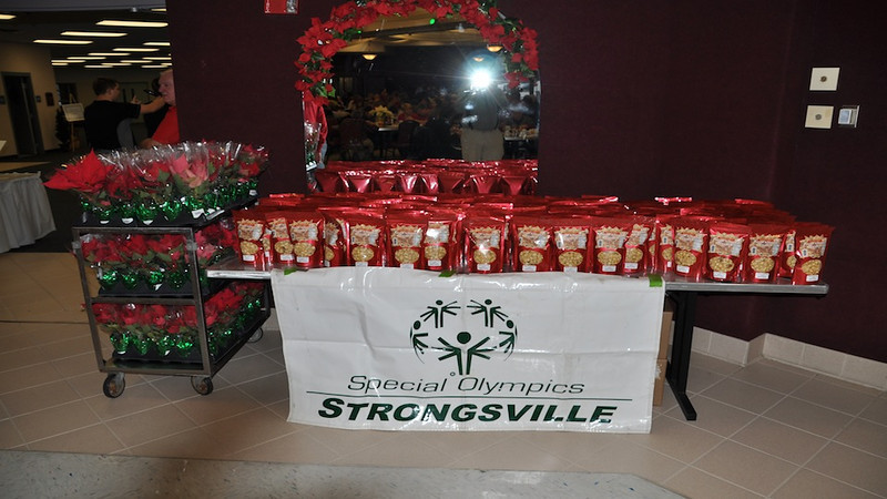 """This video covers the Strongsville City Club breakfast who sponsor Strongsville Special Olympics.<br /> <br /> <br /> <a href=""""http://ray-penny.smugmug.com/SpecialOlympics/Strongsville-Special-Olympics/28895005_pwW24n#!i=2262729870&k=HfzWcmb&lb=1&s=A"""">http://ray-penny.smugmug.com/SpecialOlympics/Strongsville-Special-Olympics/28895005_pwW24n#!i=2262729870&k=HfzWcmb&lb=1&s=A</a>"""