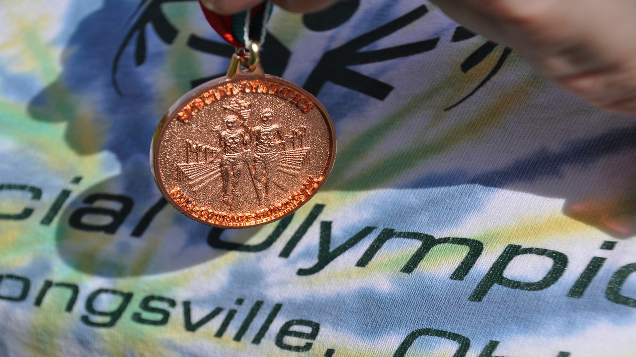 """This video is about Special Olympics Wickliffe, OH 2013<br /> <br /> <a href=""""http://ray-penny.smugmug.com/SpecialOlympics/Strongsville-Special-Olympics/28895005_pwW24n#!i=2498673661&k=j9SCzC7&lb=1&s=L"""">http://ray-penny.smugmug.com/SpecialOlympics/Strongsville-Special-Olympics/28895005_pwW24n#!i=2498673661&k=j9SCzC7&lb=1&s=L</a>"""