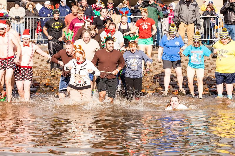 river_plunge2-101.jpg