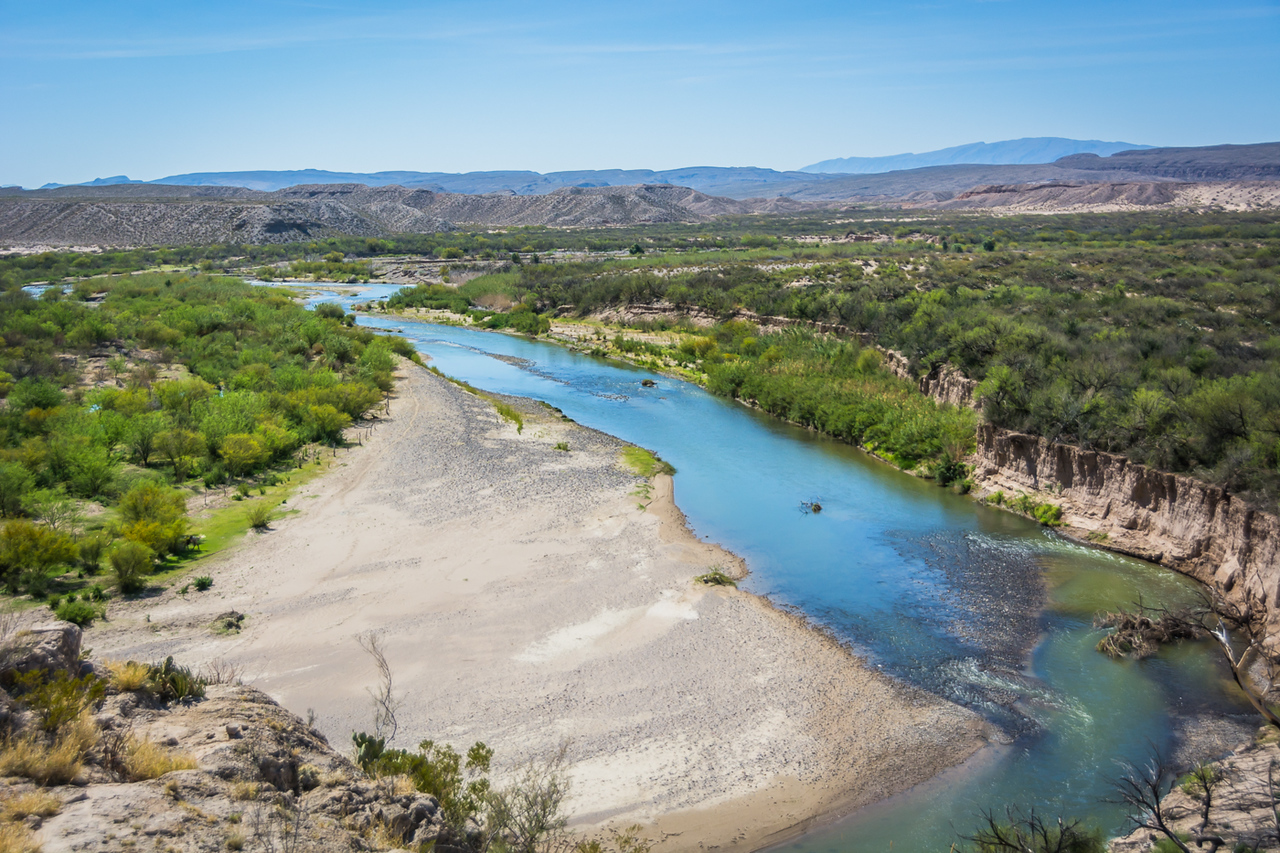 The Boquillas Canyon trail first winds around to the top of a little hill.  Here you can see the Rio Grande with Mexico on the left.