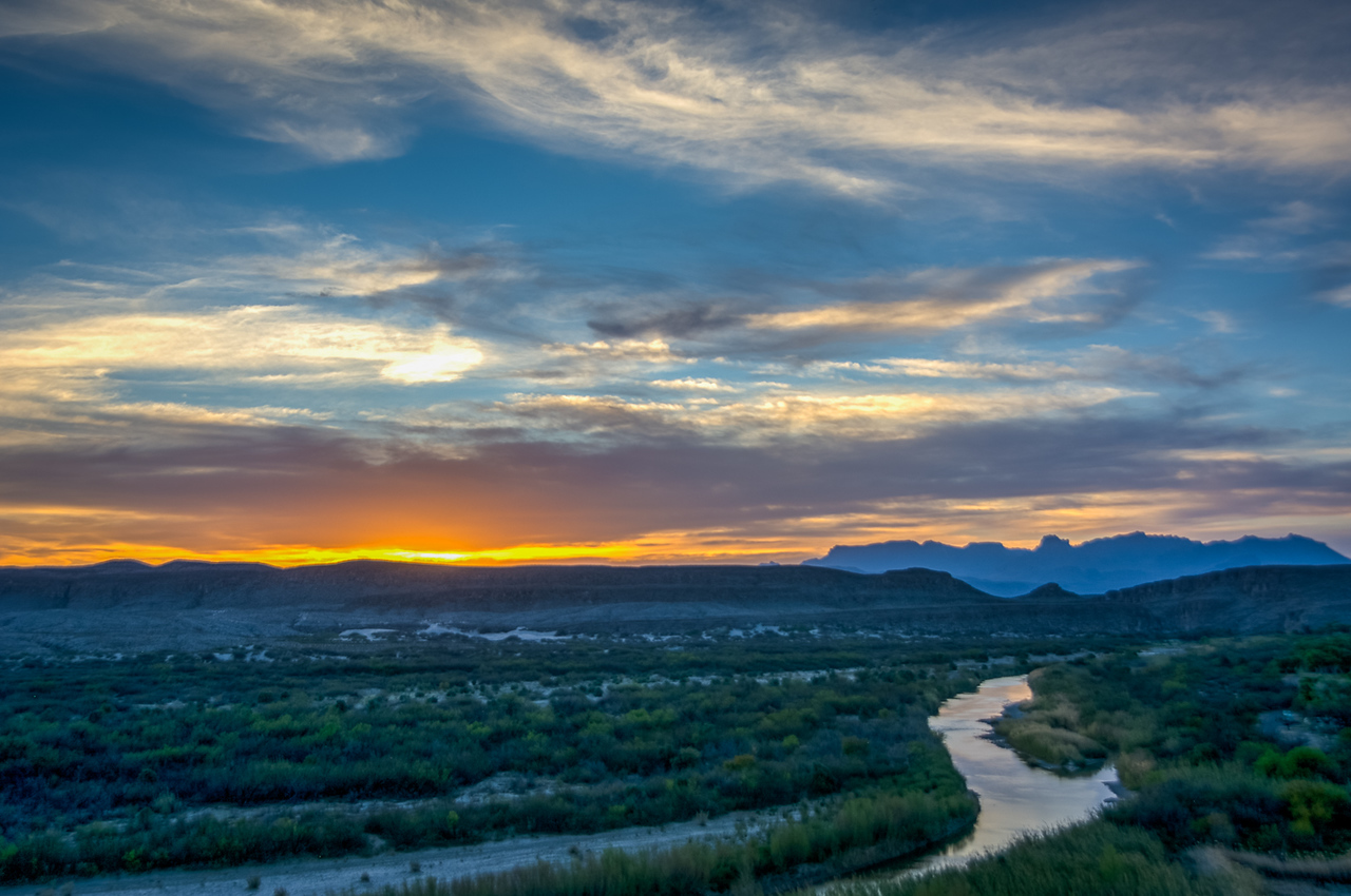 The last sunset of this visit to Big Bend was a pleasant farewell.