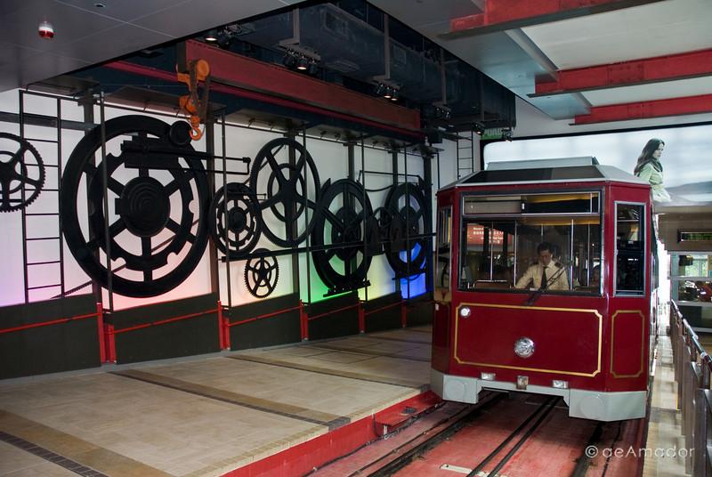 aeamador©-HK08_DSC0150-2. Hong Kong. Victoria Peak tram.