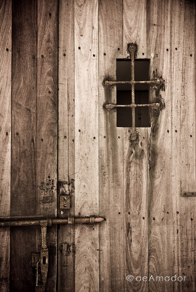 """Old Door""<br /> _DSC0096aeamador©-OSJM1"