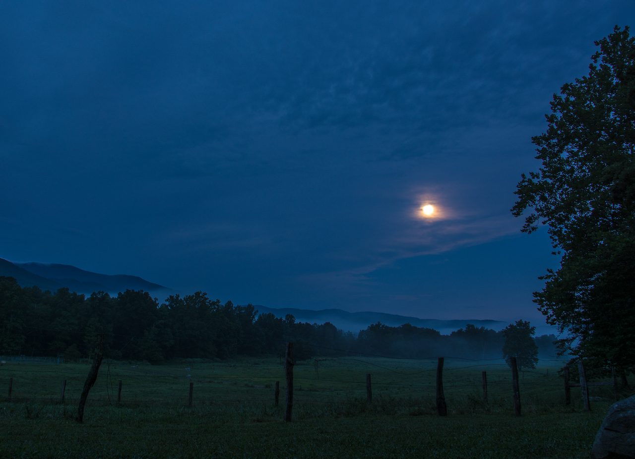Moon over Cades Cove well before dawn