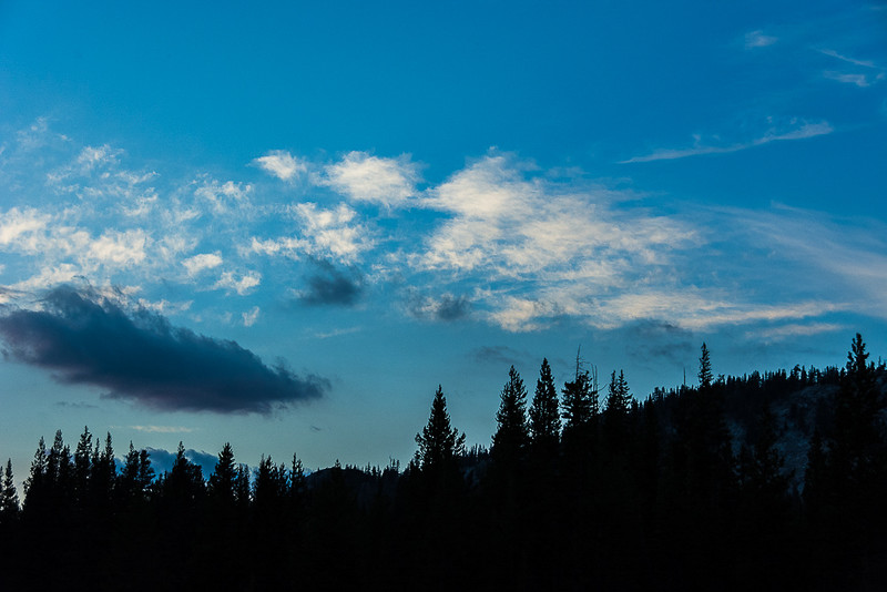 This patch of blue at sunset without sunlit clouds got my attention.