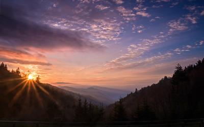 33 Smoky Mountain Sunburst