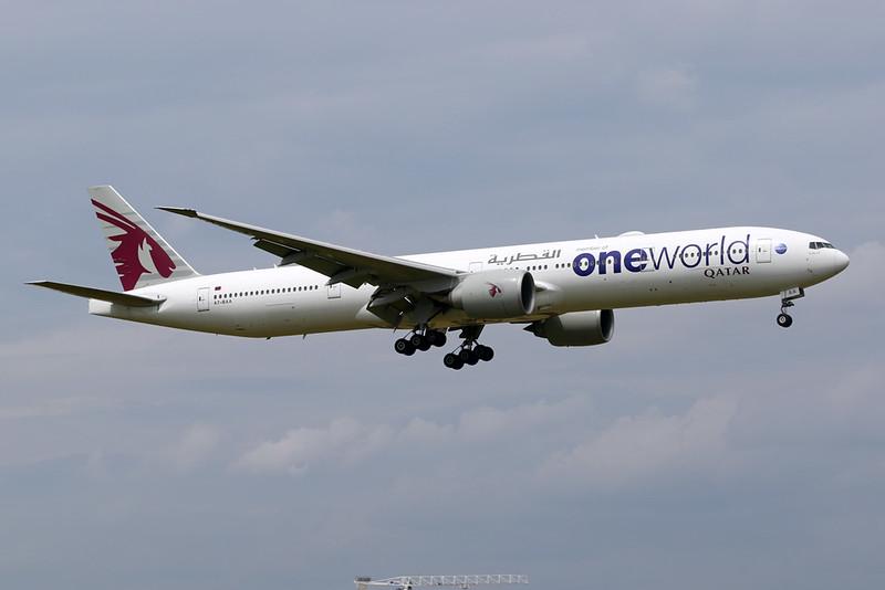 """A7-BAA Boeing 777-3DZER c/n 36009 Brussels/EBBR/BRU 12-06-20 """"Oneworld"""""""