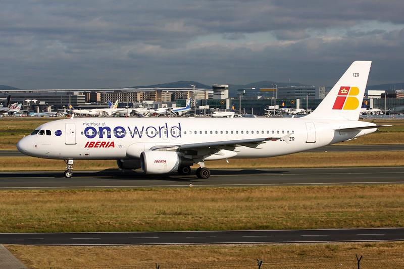 "EC-IZR Airbus A320-214 c/n 2242 Frankfurt/EDDF/FRA 03-06-15 ""OneWorld"""