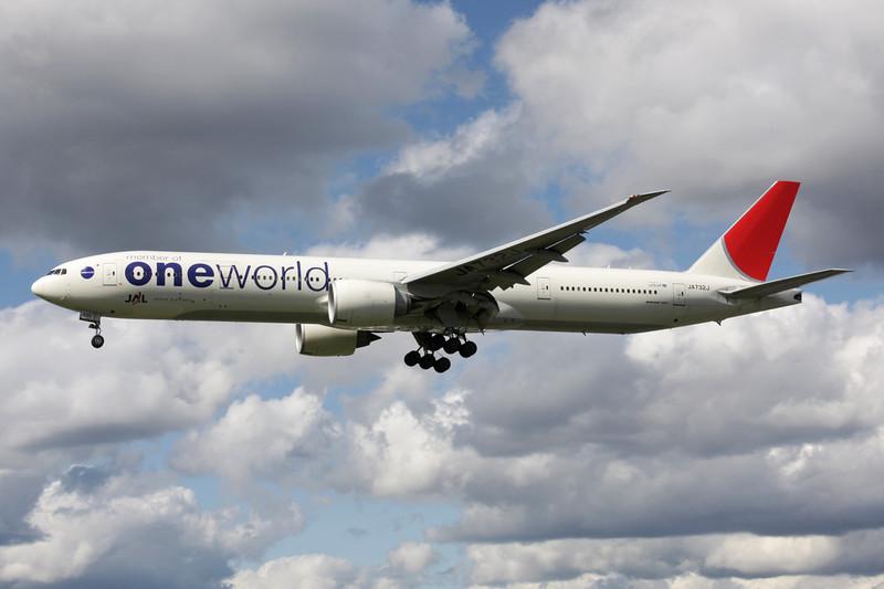 "JA732J Boeing 777-346ER c/n 32430 Heathrow/EGLL/LHR 11-05-12 ""One World"""
