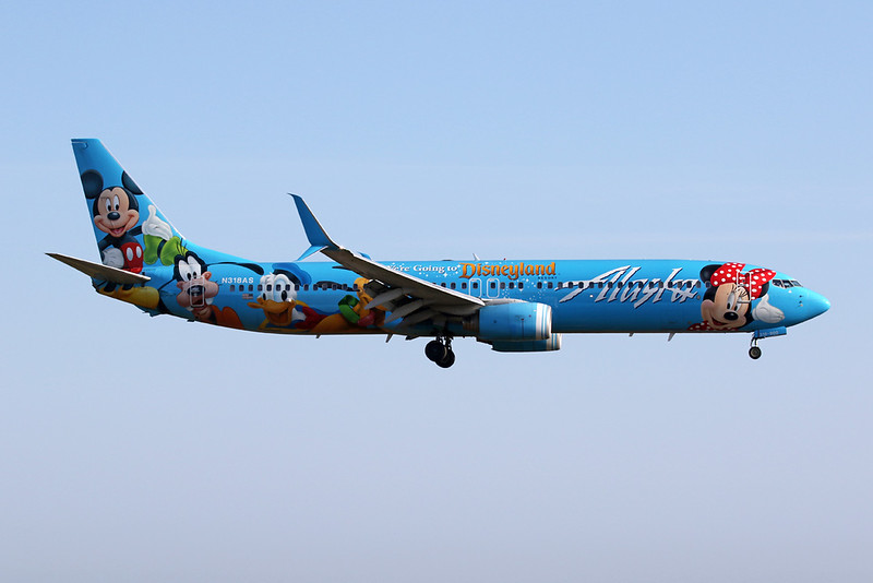 """N318AS Boeing 737-990 c/n 30018 Anchorage-International/PANC/ANC 09-08-19 """"Disneyland"""""""