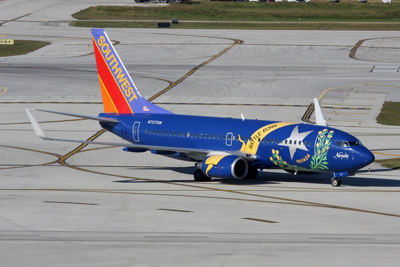"""N727SW Boeing 737-7H4 c/n 27859 Fort Lauderdale-International/KFLL/FLL 02-12-08 """"Nevada One"""""""