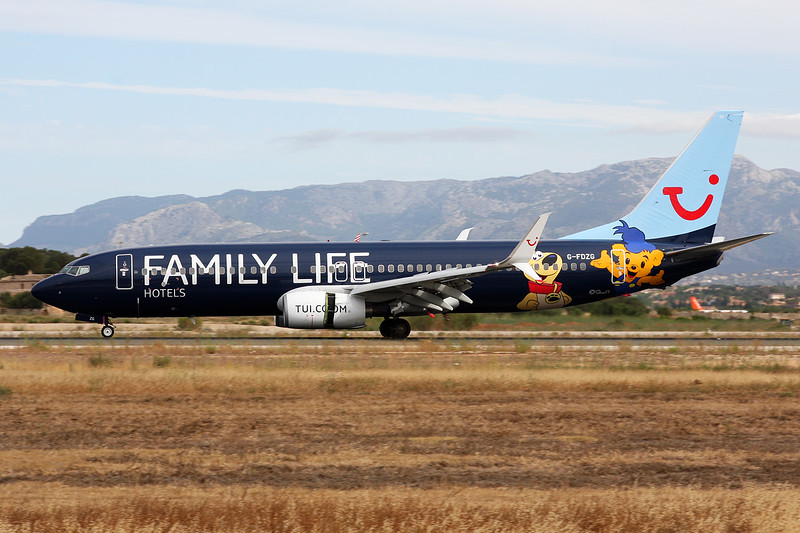 "G-FDZG Boeing 737-8K5 c/n 35139 Palma/LEPA/PMI 16-06-16 ""Family Life"""