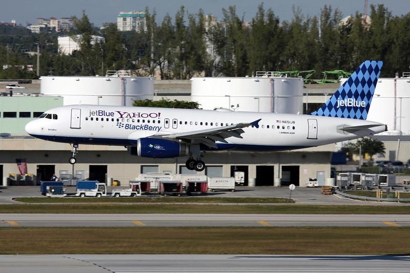 "N651JB Airbus A320-232 c/n 2992 Fort Lauderdale - International/KFLL/FLL 02-12-08 ""Harlequin/Yahoo - Blackburry"""