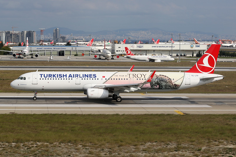 """TC-JTP Airbus A321-231 c/n 7516 Istanbul - Ataturk/LTBA/IST 09-10-18 """"The Year of Troy"""""""
