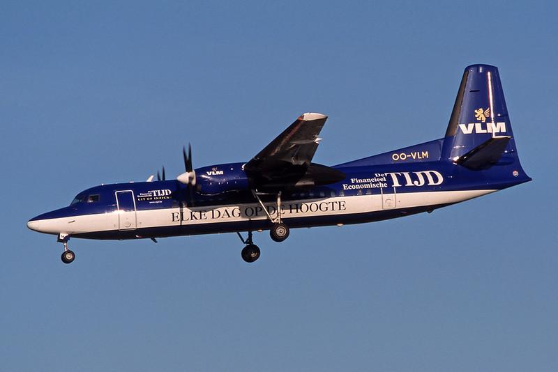 "OO-VLM Fokker F-50 ""VLM"" c/n 20135 Brussels/EBBR/BRU 23-04-04 ""De Tijd"" (35mm slide)"