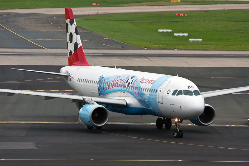 "OE-LBU Airbus A320-214 c/n 1478 Dusseldorf/EDDL/DUS 26-08-08 ""Unofficial Fan Line"""