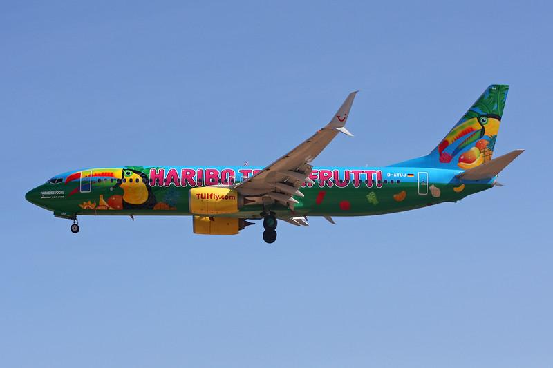 "D-ATUJ Boeing 737-8K5 c/n 39923 Las Palmas/GCLP/LPA 03-02-16 ""Haribo - TuttiFrutti"""