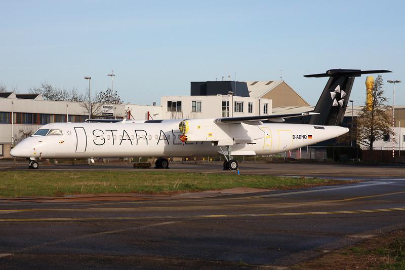"""D-ADHQ de Havilland Canada DHC-8Q-402 """"Augsburg Airways"""" c/n 4016 Maastricht-Aachen/EHBK/MST 31-12-13 """"Star Alliance"""""""