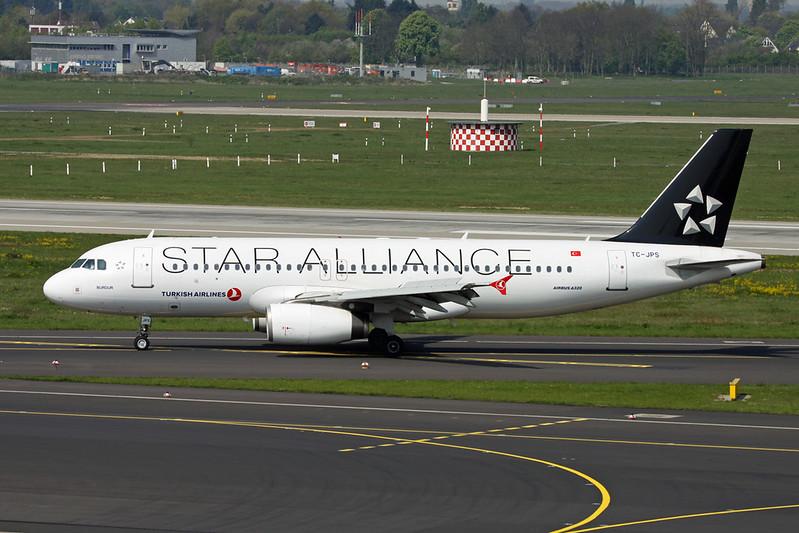 "TC-JPS Airbus A320-232 c/n 3718 Dusseldorf/EDDL/DUS 20-04-17 ""Star Alliance"""