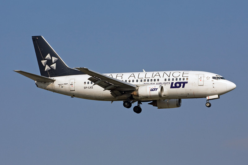 "SP-LKE Boeing 737-55D c/n 27130 Istanbul-Ataturk/LTBA/IST 15-09-09 ""Star Alliance"""