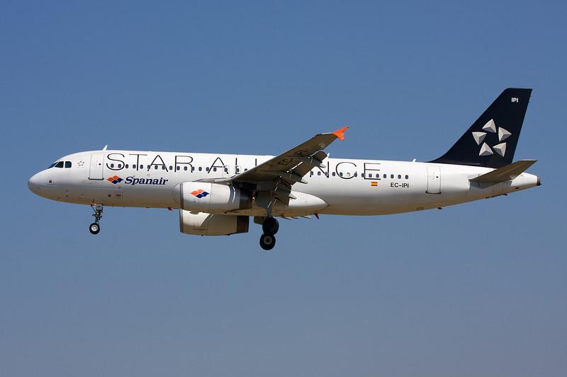 "EC-IPI Airbus A320-232 c/n 2027 Barcelona-El Prat/LEBL/BCN 29-06-08 ""Star Alliance"""