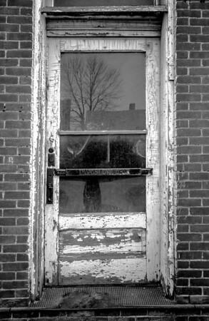 grocers-door-2