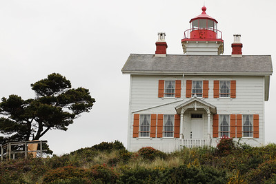 Yaquina Bay Lighthouse