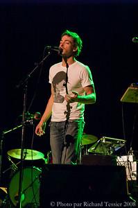 KONICA MINOLTA DIGITAL CAMERA;23 octobre 2008; Alexandre Désilets; Montréal; Musique; Région de Montréal; Région du Québec; Spectacle & Artiste; Théâtre Outremont