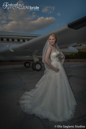 Bride with Plane 01