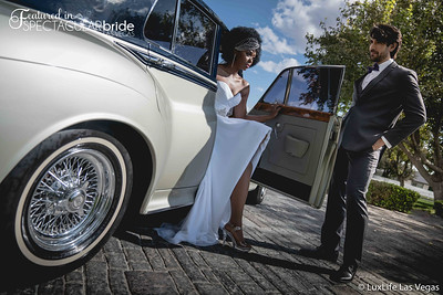 Couple with classic car 06