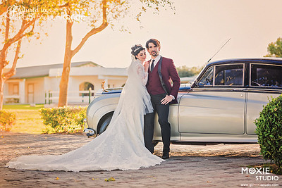 Couple with Classic Car 01