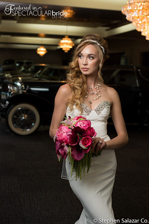 bride with classic car 04