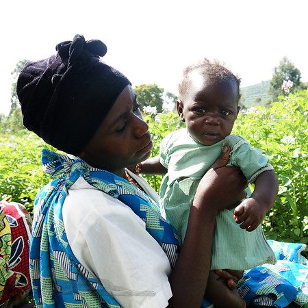 Batwa Mother and Child near Kisoro