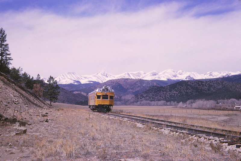 Sperry Rail Service 15 - Apr 9 1965 - car 136 @ end of track C&W RY Allen Mines COLO