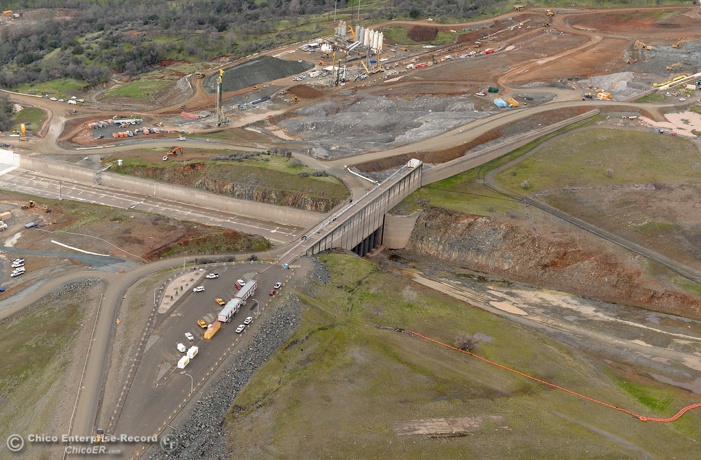 . An aerial view of the top section of the spillway is seen during a look at the ongoing construction around the spillway and Lake Oroville Dam area Friday Jan. 26, 2018.  Bill Husa -- Enterprise-Record)